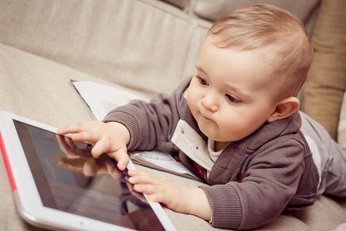 bambino-conn-tablet